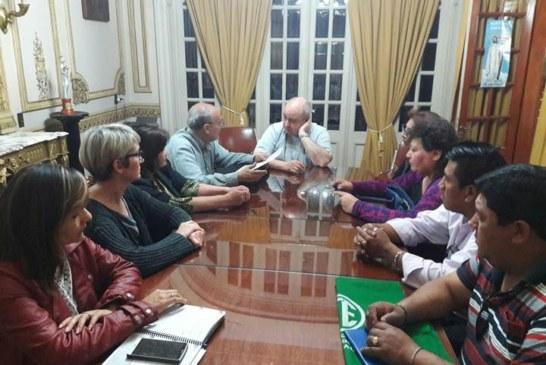 JUJUY: APUAP adhiere al paro de Estatales del 24 de agosto / / APUAP se reunió con el Obispo Mons. César Daniel Fernández