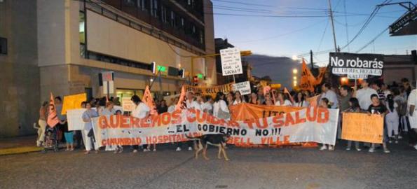 """""""Marcha por la salud"""" en Bell Ville. Cerca de mil personas dijeron """"presente"""""""