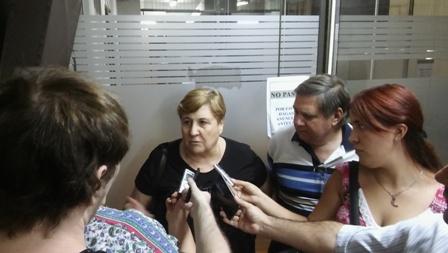 Maria Isabel Del Pópolo en dialogo con la prensa tras el rechazo a la propuesta salarial