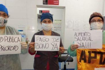Piden modificar el decreto del bono para que cobren todos los trabajadores de salud